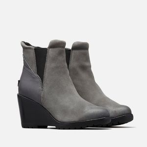 c30e1f41b83 NEW • Sorel • After Hours Chelsea Wedge Boots 7